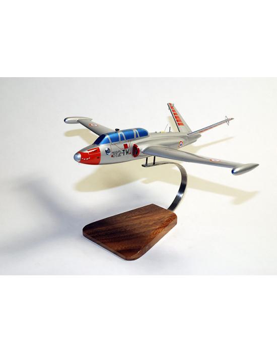 Maquette avion du Fouga Magister CM170 F.A.F en bois