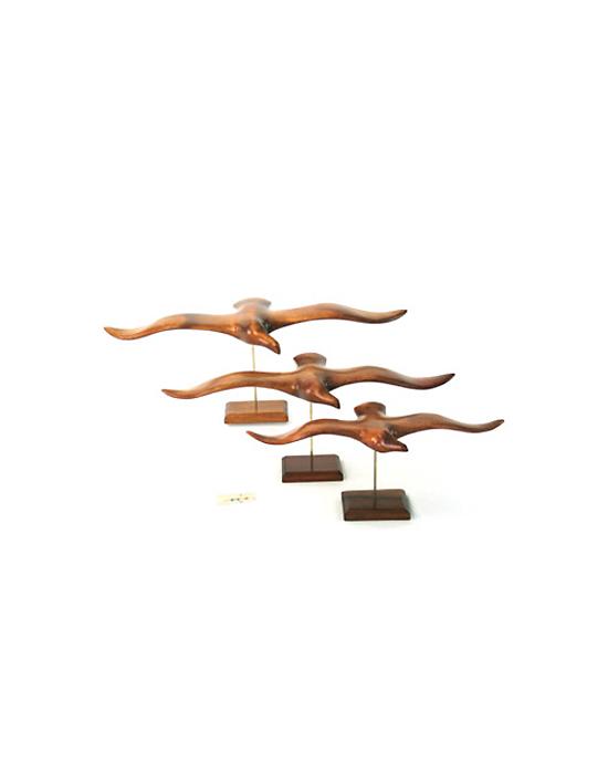 Guifette sur socle en bois noble