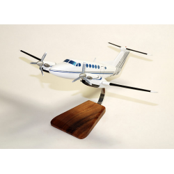 Maquette avion Beechraft 200 Super King Air Civil en bois