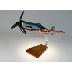 Maquette avion Focke Wulf 190-D9 Dora en bois