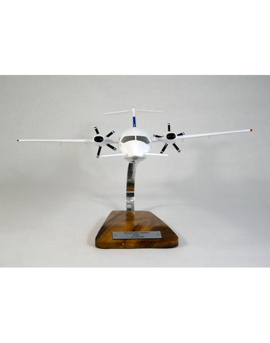 Maquette avion Piaggio P180 Avanti en bois