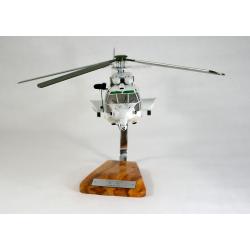 Maquette helicoptere Eurocopter EC725 Caracal ALAT en bois