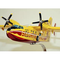 Maquette avion Canadair CL415 Sécurité Civile en bois