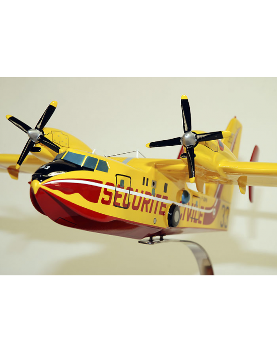 Maquette Canadair CL415 Sécurité Civile en bois