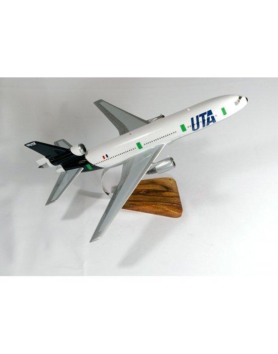 Maquette avion DC10-30 UTA en bois