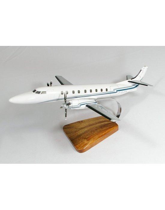 Maquette avion Fairchild Swearingen SA-227 Metro III en bois