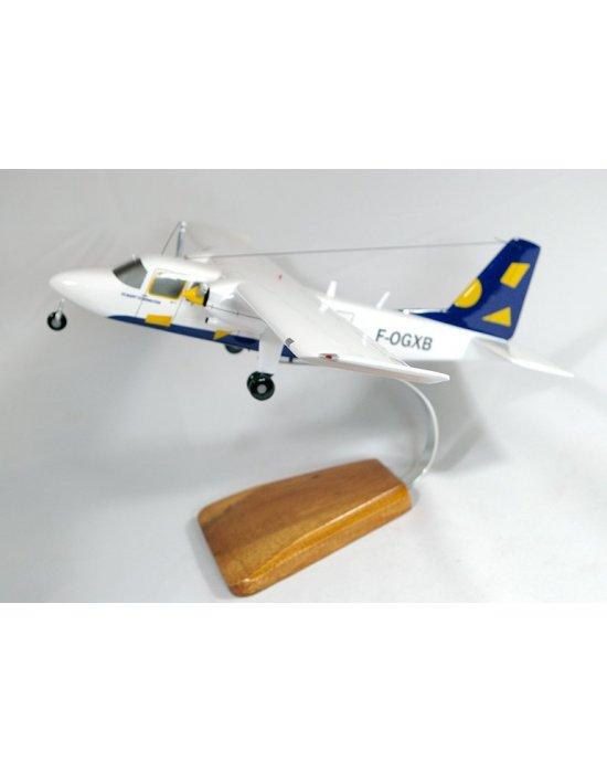 Maquette avion Britten-Norman BN2B Islander en bois