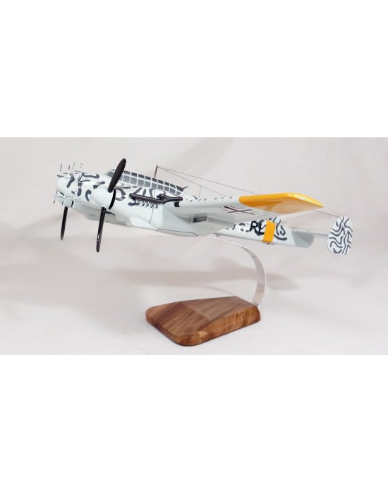 Maquette avion Messerschmitt Bf110 en bois