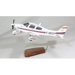 Maquette avion Cirrus SR22 en bois