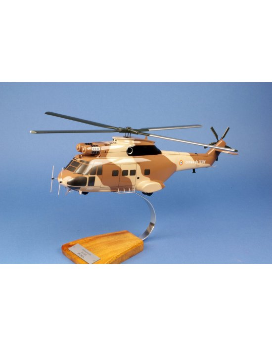 Maquette Hélicoptère SA330 Puma ALAT en bois