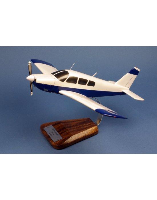 Maquette avion Piper PA-28 Arrow II en bois