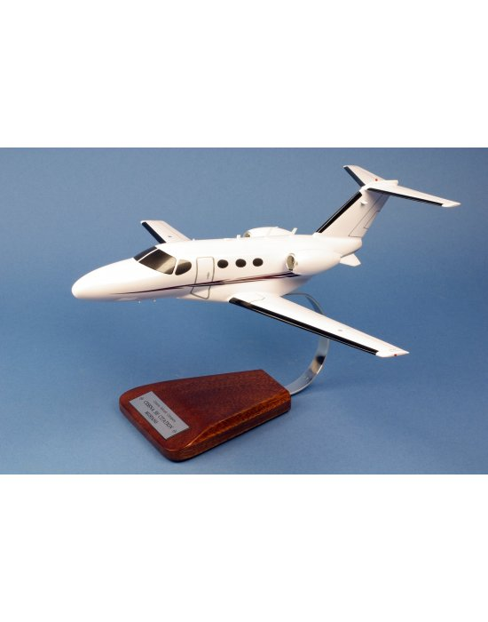 Maquette avion Cessna 510 Citation en bois