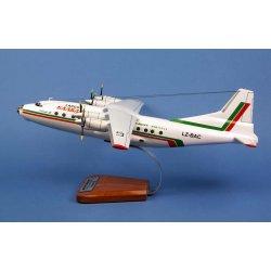 Maquette avion Antonov 12 BK en bois