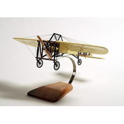 Maquette avion Bleriot XI (première traversée de la manche) en bois